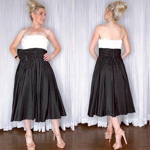 Jessica Howard Black White Midi Cocktail Dress